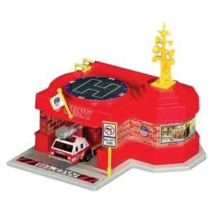 FDNY Fire Station with 1 Vehicle Playset Toys & Games