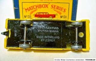 Matchbox RW No.31B Ford Station Wagon yellow black base
