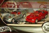 100% HW 1/64 2004/5 FORD MUSTANG CONCEPT 2 CAR SET
