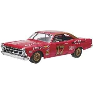 32 David Pearson #17 1967 Ford Fairlane Slot Car Toys & Games