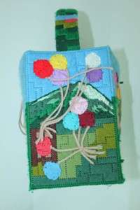 SO CUTE ART AND CRAFTS CLOWN BAG/TOTE/PURSE HOMEMADE NEEDLE POINT