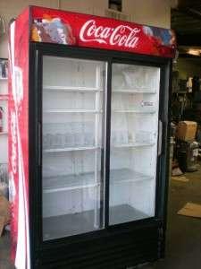 True GDM 41SL 2 Glass Doors Merchandiser Refrigerator Works Great