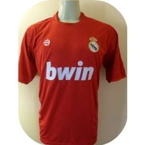 REAL MADRID # 7 RONALDO SOCCER JERSEY SIZE LARGE. NEW.RED