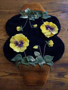 Clay Pot Pansies* Penny Rug Candle Mat **PATTERN**
