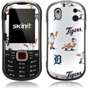 Skinit Detroit Tigers   Paws   Repeat Vinyl Skin for Samsung Intensity