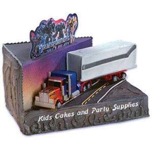 TRANSFORMERS STEP ABOVE OPTIMUS PRIME CAKE KIT Topper