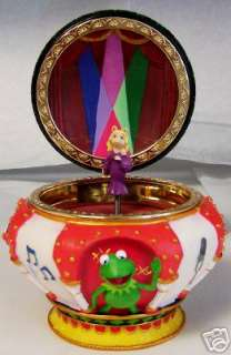 Disney MISS PIGGY MUPPETS MAGICAL MUSIC JEWELRY BOX NEW