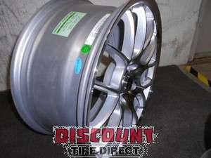18x8.5 & 2 18x8 5x114.3 5 114.3 Kilogram Silver Machined Wheels/Rims