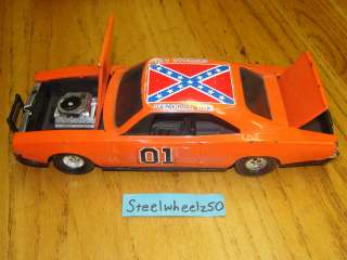Vintage Dukes Of Hazzard General Lee 13 Replica 81 RARE Ertl 69