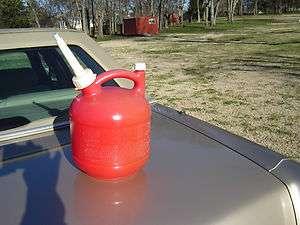 Vintage Eagle 1.25 Gal Plastic Gasoline Gas Can with Eagle Spout