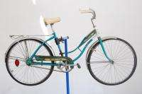 Columbia ladies middleweight bicycle bike teal fenders thunderbolt