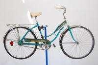 Columbia ladies middleweight bicycle bike teal fenders thunderbolt