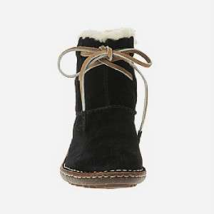 UGG AUSTRALIA COVE WOMENS BLACK SUEDE ANKLE BOOTS 5 NIB