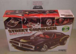 MPC 768 Model kit DODGE BIG SCALE STREET CHARGER 1/16 Scale LTD IN