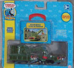 TAKE ALONG THOMAS & FRIENDS BREAKDOWN TRAIN & FLATBED