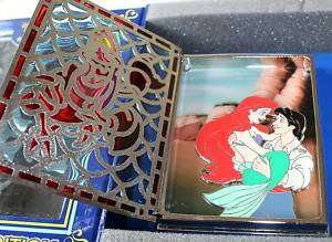 Disney Storybook Princess Ariel and Prince Eric Pin