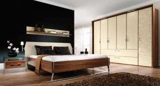 Schlafzimmer orange 70 r jahre bett kommode kleiderschrank for Bett 70er jahre