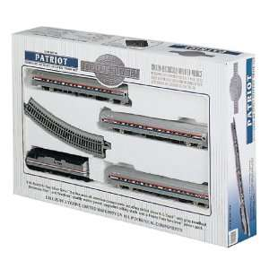 com Bachmann   The Patriot HO Scale Train Set   Amtrak Toys & Games