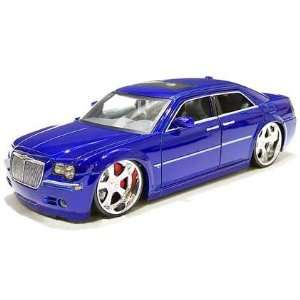 Chrysler 300C Diecast Model Car 124 Scale   Blue  Toys & Games
